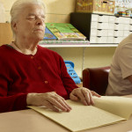 Séance de lecture braille