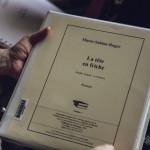 """Livre """"La Tête en friche"""" écrit en braille"""